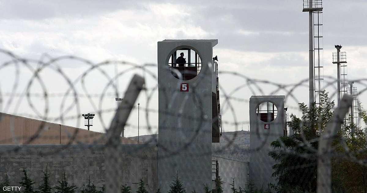 تقرير: 46 حالة  انتحار  بين معتقلي محاولة الانقلاب في تركيا   أخبار سكاي نيوز عربية