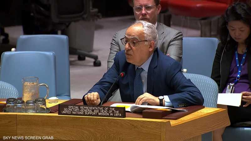 غسان سلامة يطالب بوقف القتال في ليبيا والعودة للتفاوض