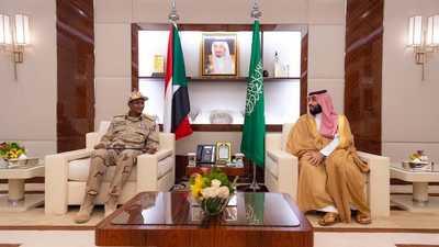 ولي العهد السعودي يلتقي نائب رئيس المجلس الانتقالي السوداني