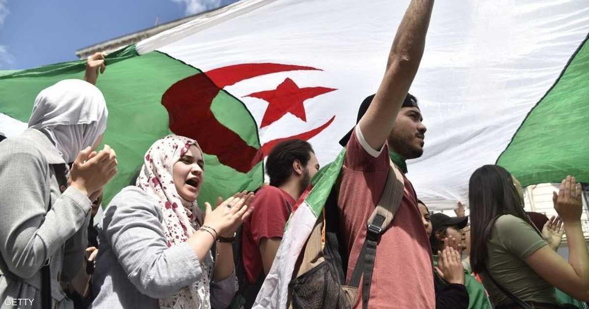 الجزائر.. عقدة الانتخابات تتفاقم وترجيحات بالتأجيل