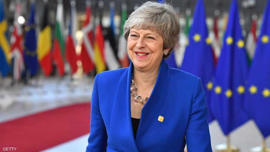 سيعمق رحيل ماي أزمة خروج بريطانيا من الاتحاد الأوروبي، إذ سيسعى رئيس الوزراء الجديد على الأرجح إلى اتفاق أكثر حسما مما يزيد احتمالات الصدام مع التكتل وإجراء انتخابات عامة مبكرة.