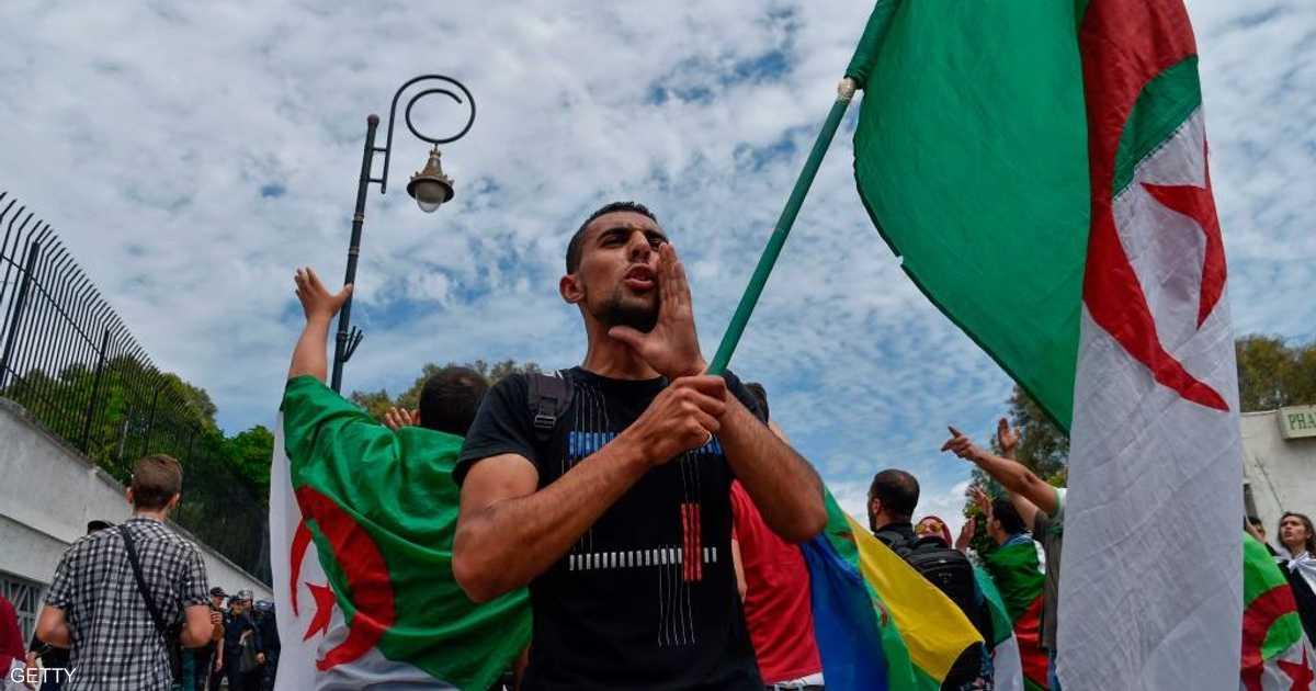 الجزائر.. اعتقالات بالتزامن مع احتجاجات الجمعة الـ14   أخبار سكاي نيوز عربية