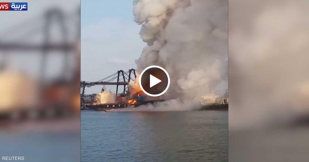 حريق يلتهم شحنة مواد كيماوية في تايلاند