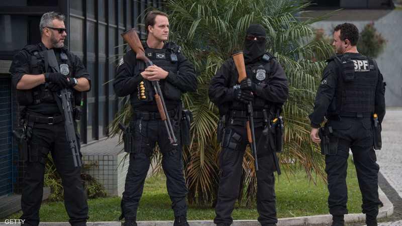 حراس أمام أحد السجون في البرازيل