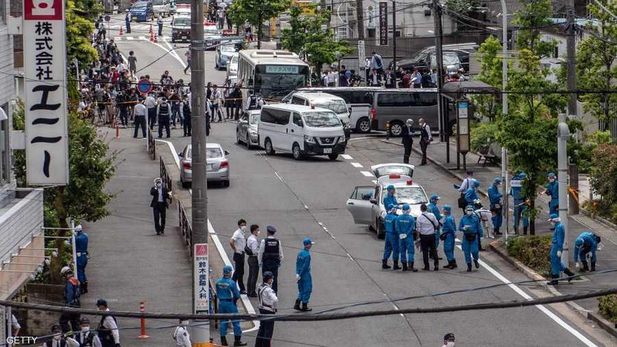 قالت السلطات إن الحادث أدى إلى مقتل ثلاثة أشخاص - بينهم المهاجم - وإصابة 16 آخرين بينهم 13 طفلة