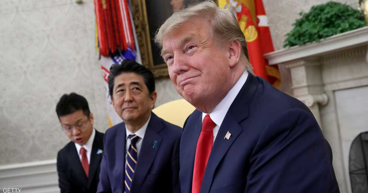 شينزو آبي يهاتف ترامب قبل زيارة