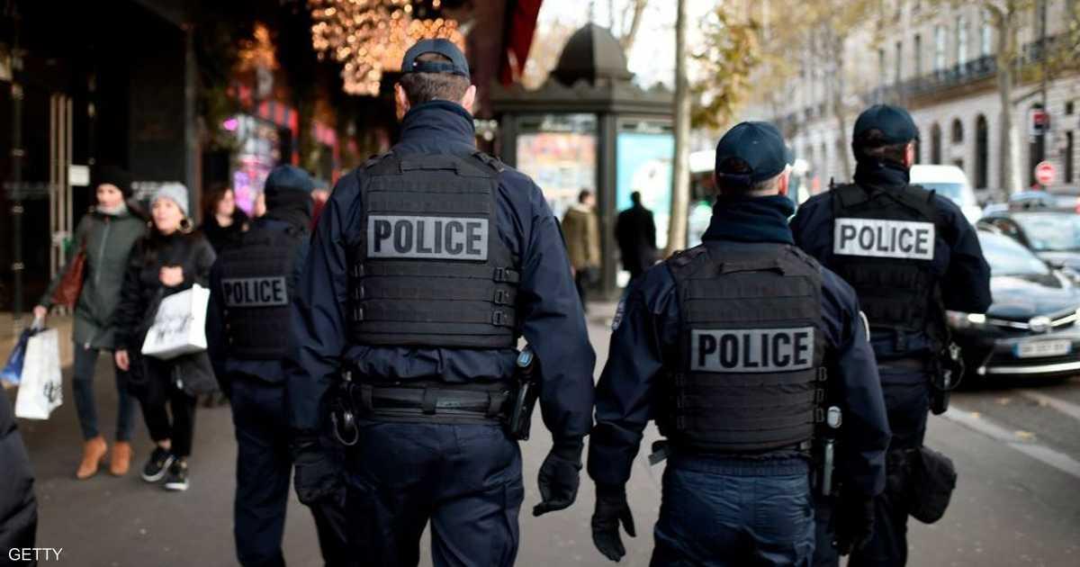 فرنسا تفكك خلية خططت لمهاجمة