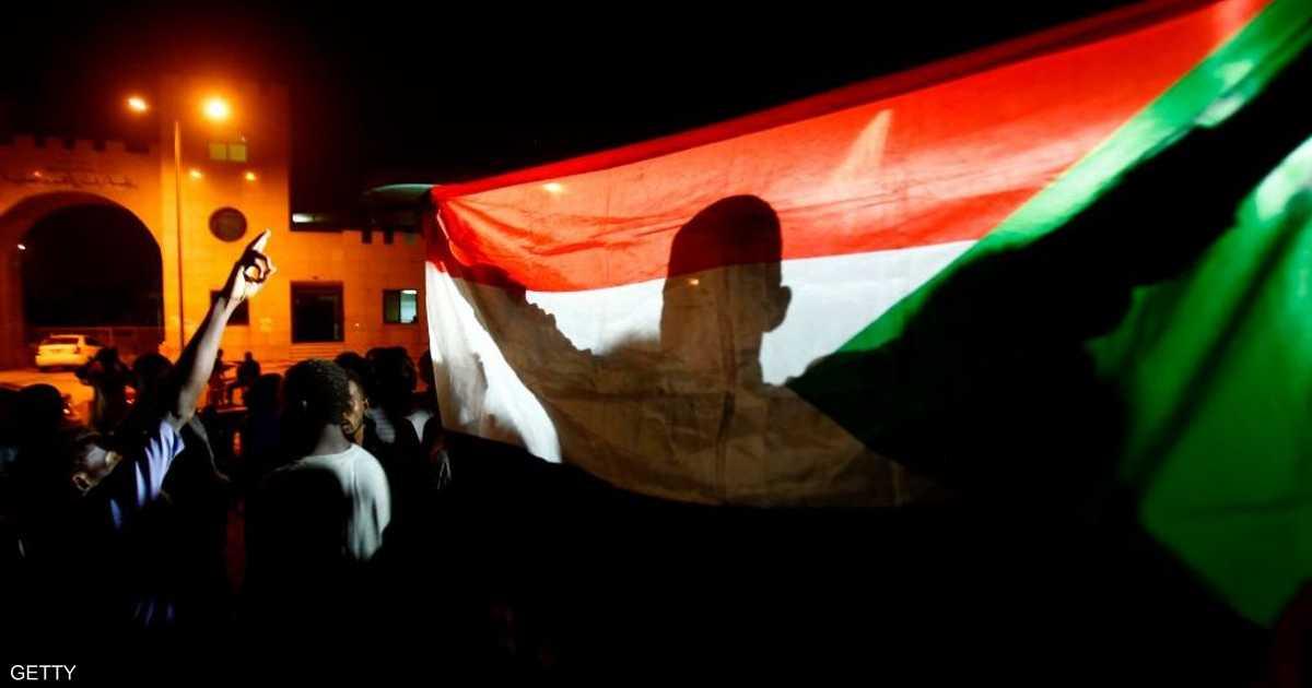 القوى السودانية تطالب بانتقال الحكم إلى سلطة مدنية انتقالية