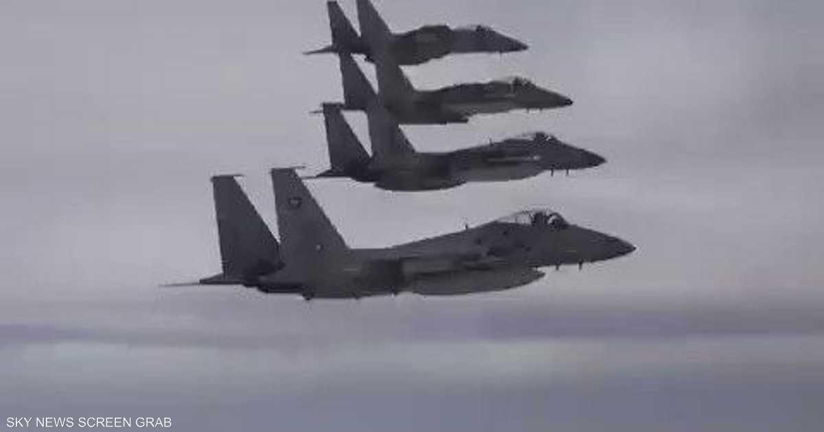 فيديو.. طائرات القوات السعودية والأميركية تحلق فوق الخليج   أخبار سكاي نيوز عربية