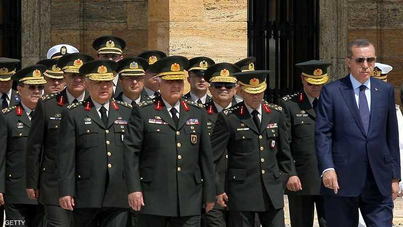 طالت حملة أردوغان كبار الضباط ممن خدموا في مهمات لحلف الناتو