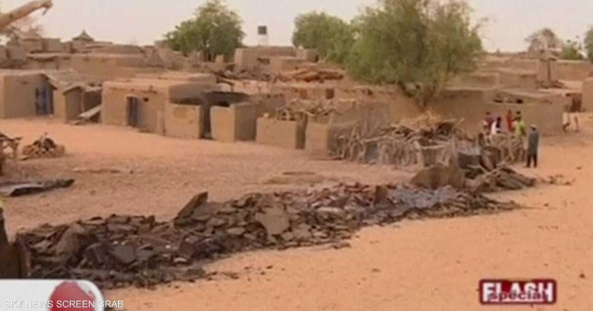 عشرات القتلى بهجوم مسلح وسط مالي