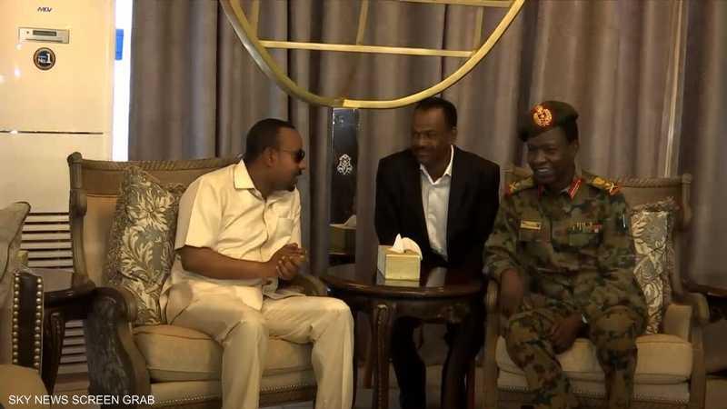 السودان.. وساطات عديدة لاستئناف الحوار