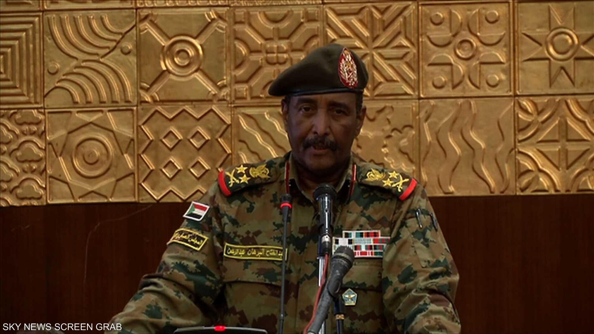 البرهان يؤكد استعداد المجلس للتفاوض مع جميع القوى السياسية