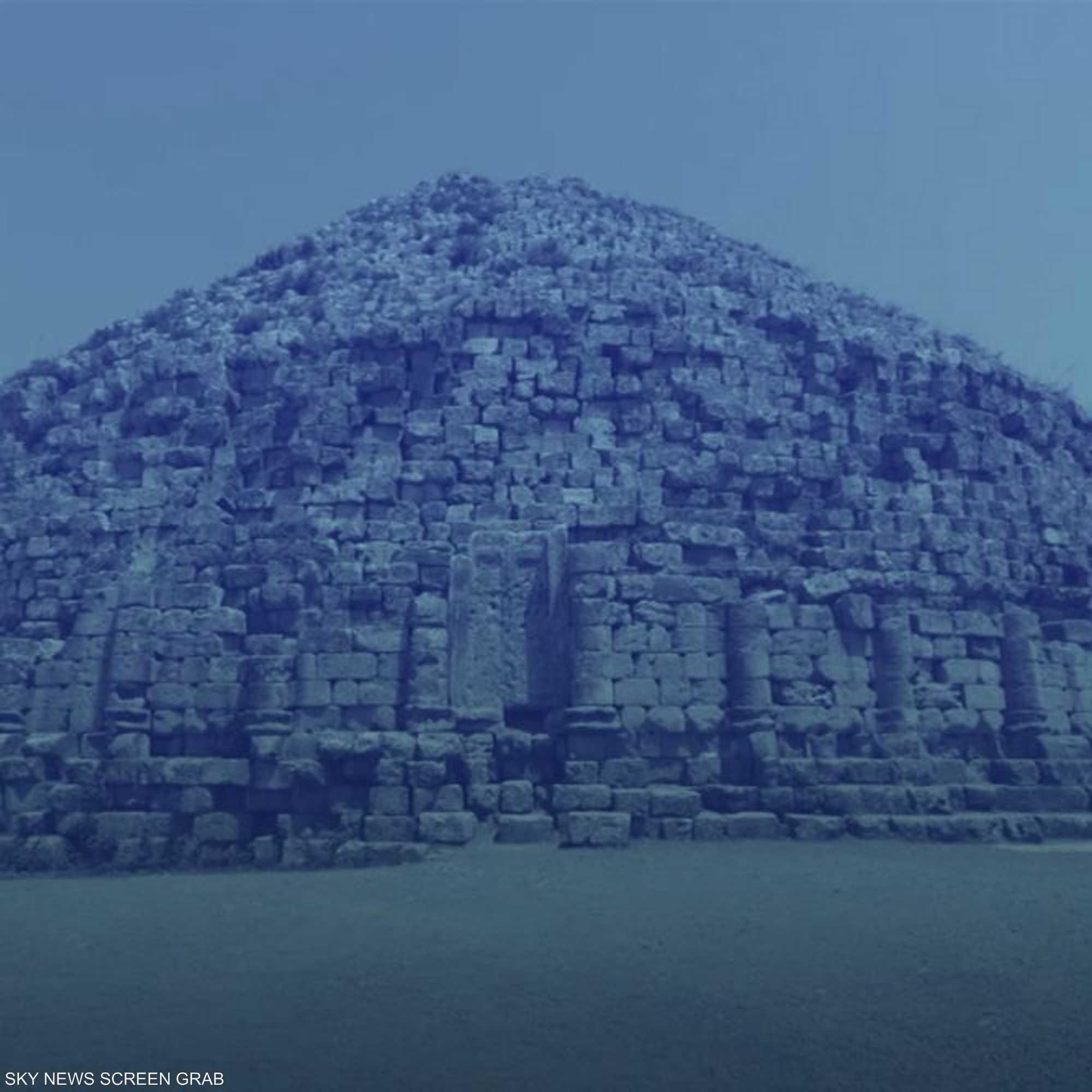 ما هي قصة أهرامات الجزائر؟