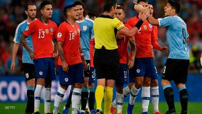 """سواريز يطالب بـ""""أغرب"""" ركلة جزاء في تاريخ كرة القدم"""