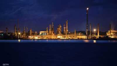 رغم التوترات السياسية.. لماذا لا ترتفع أسعار النفط؟
