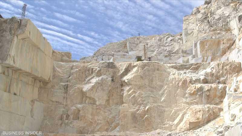قيمة الجبل حيث ينتج رخام كارارا أكثر من مليار دولار