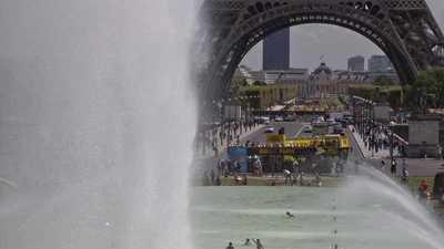 """بعد 7 أيام.. فرنسا ترفع """"تحذير الحر"""""""