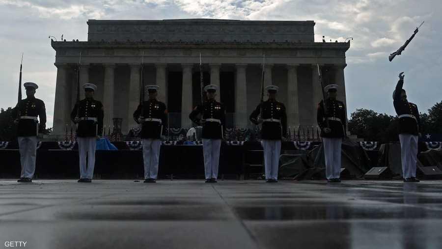 """أجواء """"عسكرية"""" لم تشهدها واشنطن منذ عقود"""