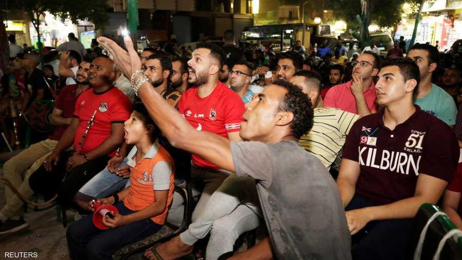 انفعالات للجماهير في الأحياء المصرية