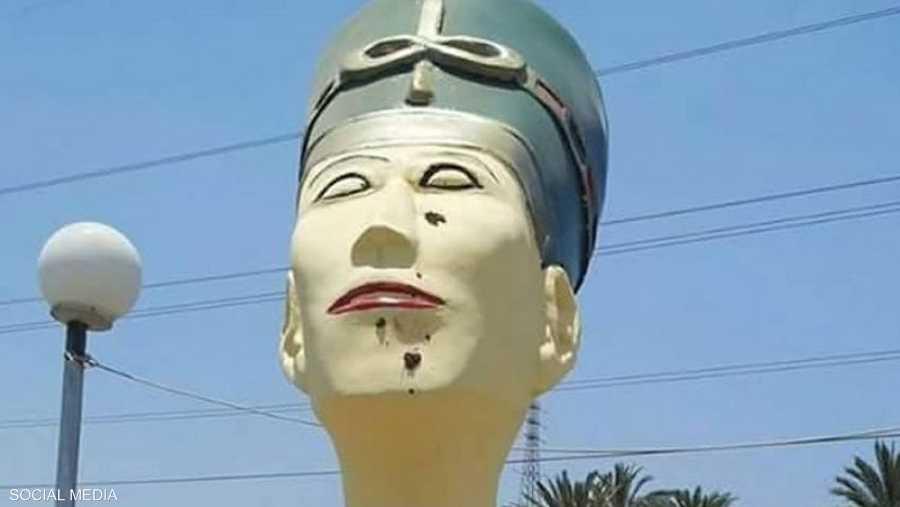 تمثال نيفرتيتي أثار الكثير من الجدل في مصر