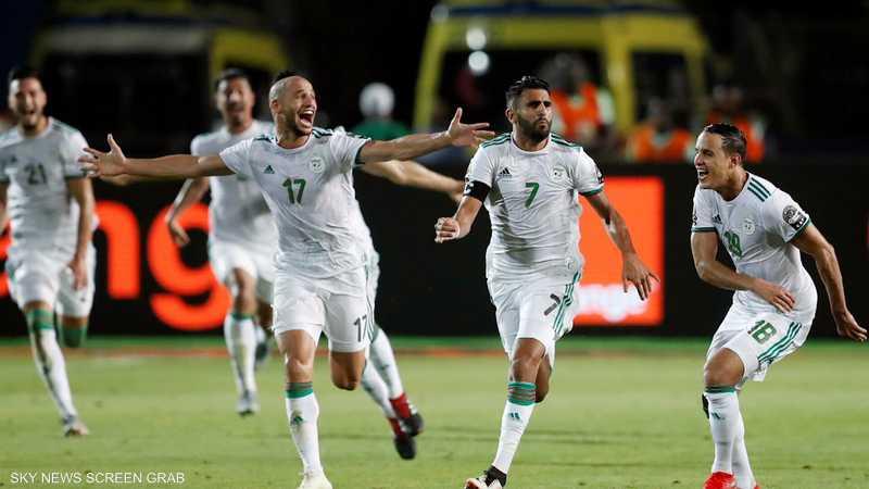 الجزائر والسنغال.. من سيحظى بالتاج الأفريقي؟