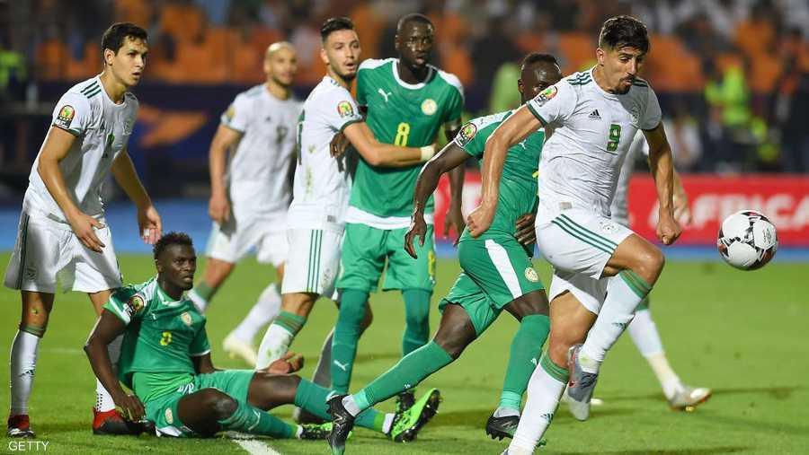 دفاع الجزائر تحمل الضغط السنغالي