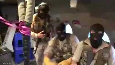 """""""قراصنة"""" إيران يستبيحون هرمز"""