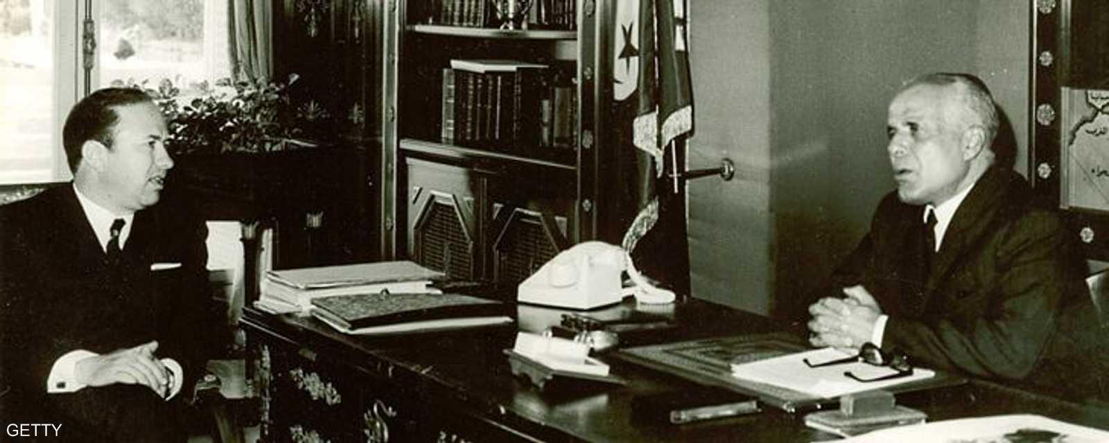 الرئيس التونسي الراحل الحبيب بورقيبة وباجي قايد السبسي