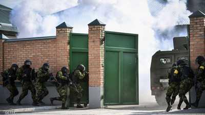 الشرطة الروسية تداهم مكاتب معارضين قبل انطلاق تظاهرة كبرى