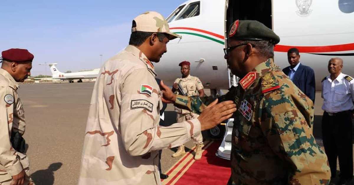 نائب رئيس المجلس العسكري السوداني يزور جوبا   أخبار سكاي نيوز عربية