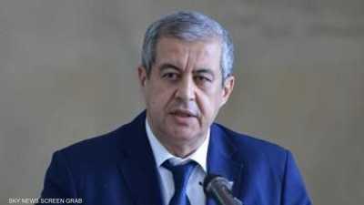الحكومة الجزائرية: تنظيم الانتخابات الرئاسية هو الحل للأزمة