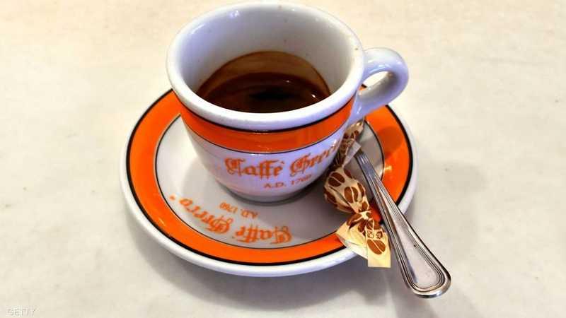 """6 فوائد """"غير المتوقعة"""" لتفل القهوة."""