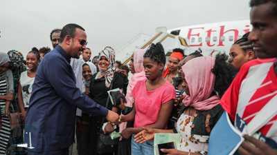 """رئيس وزراء إثيوبيا يعود من السودان بـ""""مفاجأة"""""""