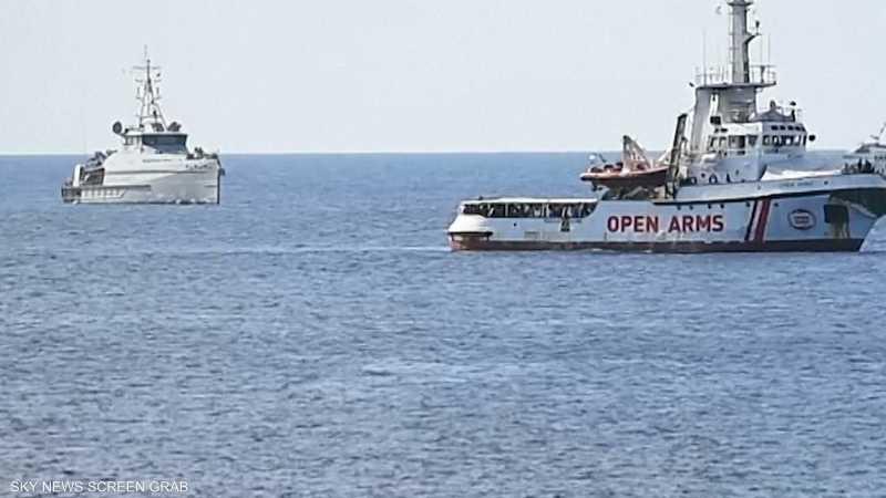 إسبانيا مستعدة لاستقبال مهاجرين رفضتهم إيطاليا