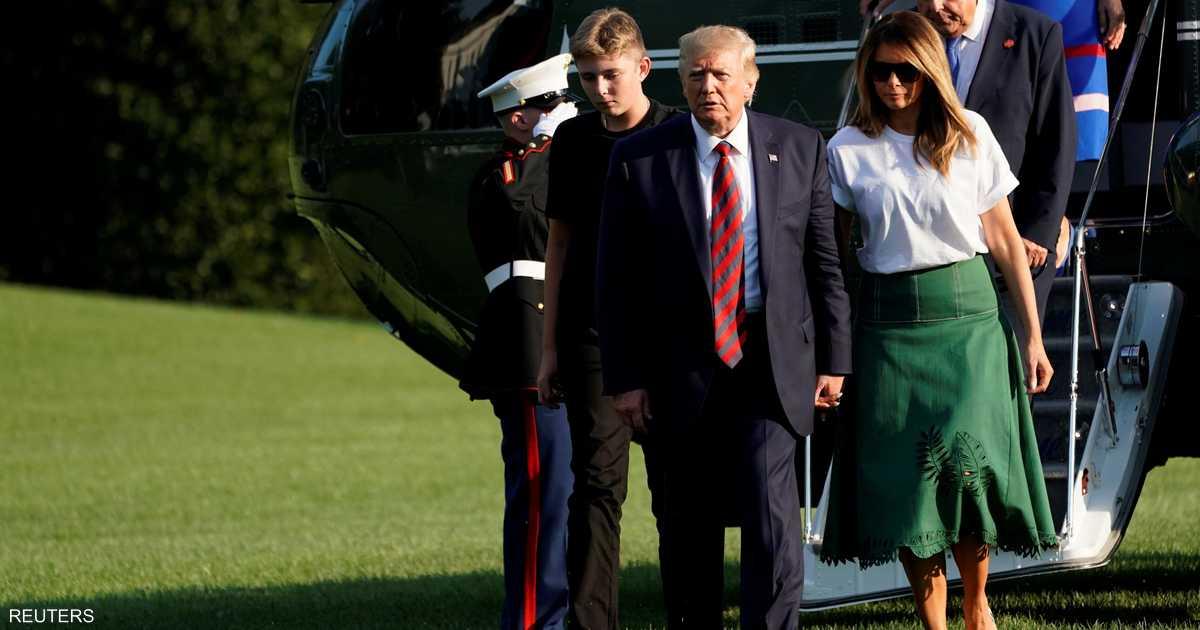 ابن ترامب في البيت الأبيض.. الصور توضح الفارق
