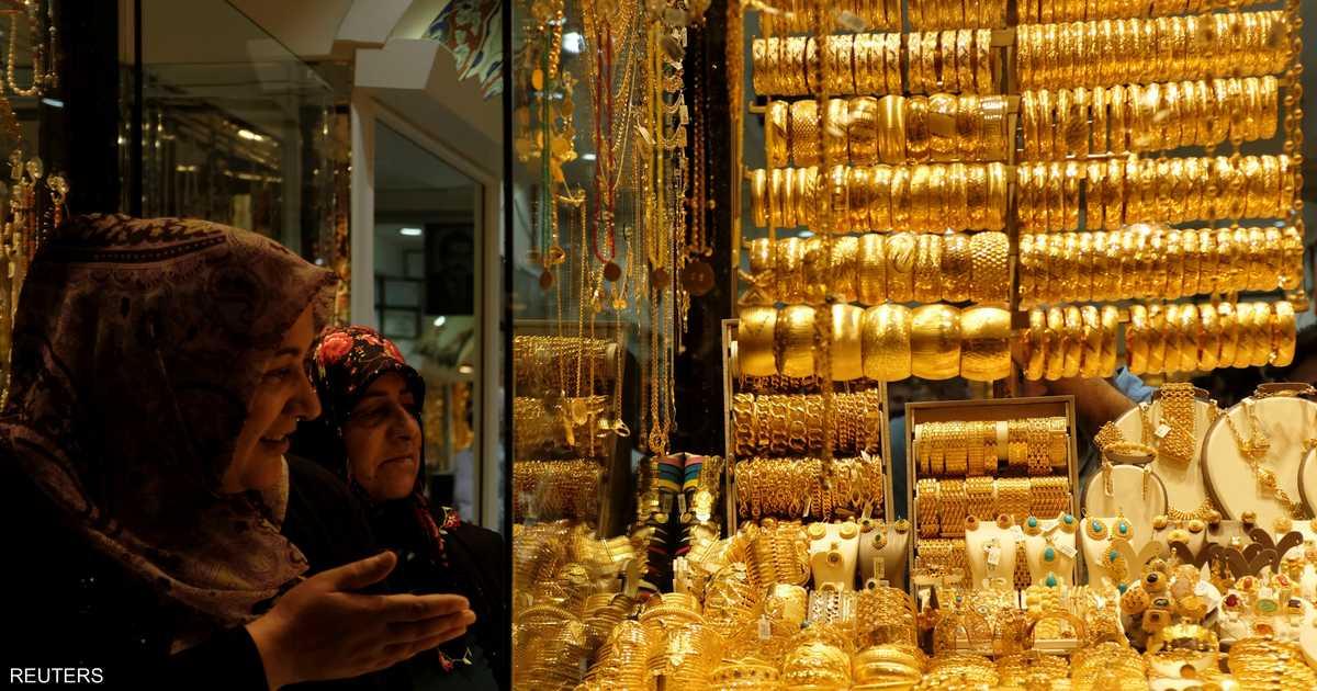 أسعار الذهب مستقرة بعد هبوط عن