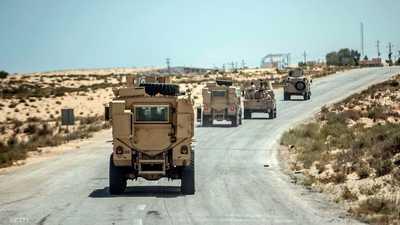 عربات تابعة للجيش المصري في طريقها إلى العريش.. أرشيفية