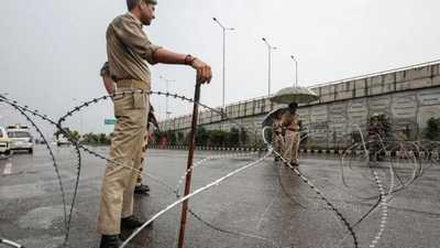الشرطة الهندية: قتيلان بتبادل لإطلاق النار في كشمير