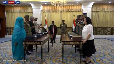 أعضاء مجلس السيادة السوداني يؤدون اليمين الدستورية