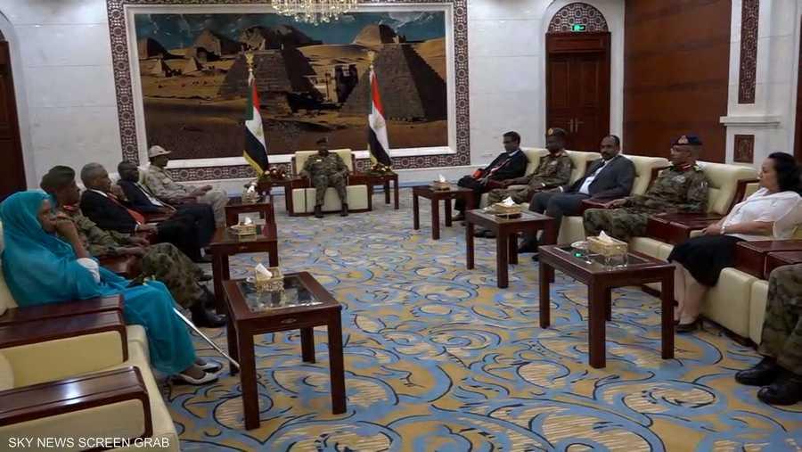 المجلس السيادي.. 6 من المدنيين و5 من العسكريين