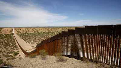 البنتاغون يخصّص 3.6 مليارات دولار لبناء جدار مع المكسيك