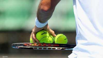 لماذا كرات التنس صفراء؟