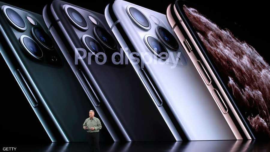 يبدأ تسويق هاتف آيفون الجديد في 20 سبتمبر الجاري.
