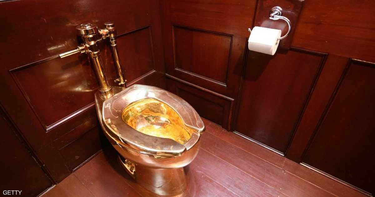 """بذكرى """"روبن هود"""".. صاحب المرحاض يعلق على سرقته"""