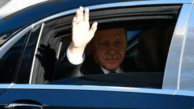 """وسط أزمة """"خانقة"""".. أردوغان ينفق الملايين على سيارات فاخرة"""