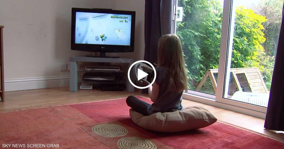 التلفزيون.. عدو التواصل اللغوي بين الطفل والأهل
