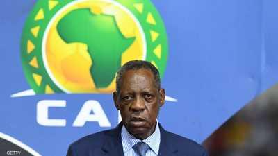 عيسي حياتو.. رجل أفريقيا القوي يعود لبطولات كرة القدم