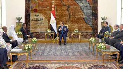أثناء لقاء حمدوك.. السيسي يؤكد دعم مصر للسودان