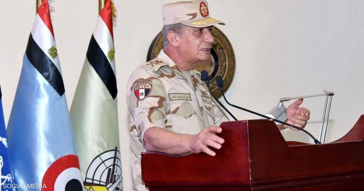 وزير الدفاع المصري: الجيش على قلب رجل واحد
